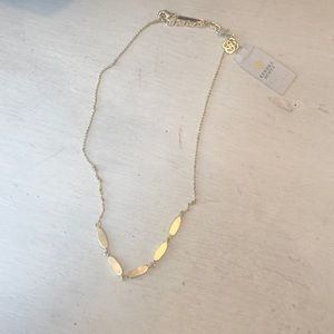 NWT Kendra Scott fern short gold necklace